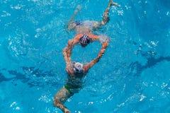 Acción de la piscina del Agua-polo Imagen de archivo libre de regalías