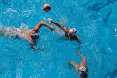 Acción de la piscina del Agua-polo Foto de archivo