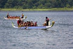 Acción de la raza de barco de dragón Foto de archivo libre de regalías
