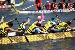 Acción de la raza de barco de dragón Imagen de archivo libre de regalías