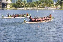 Acción de la raza de barco de dragón Foto de archivo