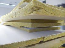 Acción de los paneles de techo minerales viejos Imagenes de archivo