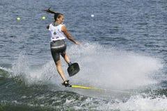 Acción de Shortboard de las mujeres - Marion Aynaud Fotos de archivo