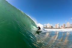 Acción del agua de Durban de las ondas que practica surf Imagen de archivo