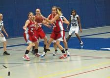 Acción del baloncesto fotografía de archivo libre de regalías