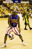 Acción del baloncesto de los trotamundos de Harlem Imágenes de archivo libres de regalías