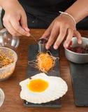 Acción del cocinero Foto de archivo libre de regalías