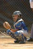 Acción del juego de béisbol de la liga pequeña Fotografía de archivo libre de regalías