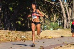 Acción del maratón de las muchachas Fotografía de archivo