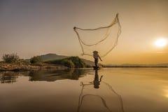 Acción del pescador Imagen de archivo libre de regalías