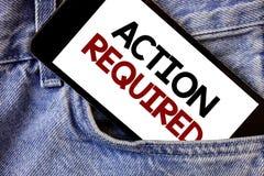 Acción del texto de la escritura de la palabra requerida El concepto del negocio para el acto importante necesitó las palabras im Imagenes de archivo