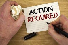 Acción del texto de la escritura requerida El concepto que significaba acto importante necesitó el Libro Blanco n de la tarea de  Imagen de archivo libre de regalías