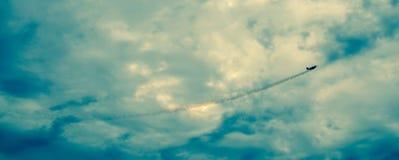 Acción en el cielo durante un airshow Foto de archivo