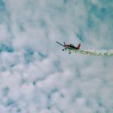 Acción en el cielo durante un airshow Fotografía de archivo