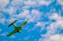 Acción en el cielo durante un airshow Imagen de archivo libre de regalías