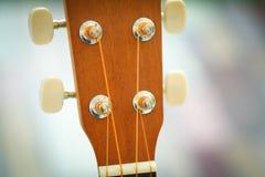 Acción principal de la guitarra de madera Fotos de archivo