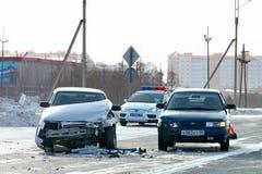Accident avec deux véhicules photographie stock libre de droits