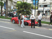 Accident de Ferrari à Cannes Image stock
