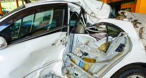 Accident de voiture blanc images libres de droits