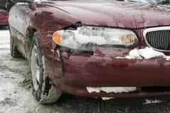 Accidente auto en invierno Imagen de archivo libre de regalías