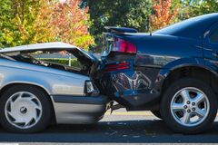 Accidente auto que implica dos coches Imagen de archivo libre de regalías