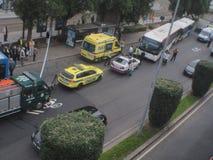 ACCIDENTE DE CARRETERA EN EL TÉRMINO DE AUTOBUSES Fotografía de archivo