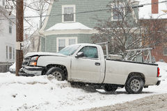 Accidente de tráfico en nieve Imagen de archivo