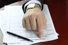 Accidente de tráfico de la forma de la firma de la mano Imagen de archivo