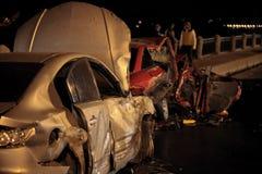 Accidente en el camino de la noche Imagenes de archivo