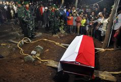 Accidentes de avión militares en Indonesia que mata a 135 Fotografía de archivo libre de regalías