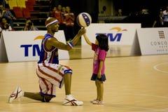 Acción del baloncesto de los trotamundos de Harlem Fotos de archivo