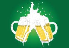 Acclamazioni della birra Fotografie Stock Libere da Diritti