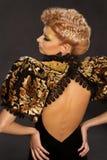 Acconciatura francese della treccia della donna, bellezza dei capelli di modo fotografie stock libere da diritti