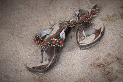Accoppiamenti dei sandali di cuoio fotografia stock