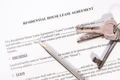 Accordo di contratto d'affitto locativo Fotografia Stock