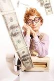 Accountant die met geld machine maakt Stock Foto