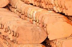 accounten som den forntida brända den keramiska currenten evakuerade gjorda imitatören liknar tegelplattor för taktegelplattan ti Royaltyfri Foto