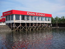 Accouplez et dinez sur l'île NY de ville Photographie stock libre de droits