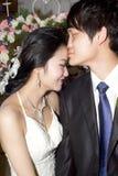 Accouplez les baisers Photo stock