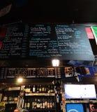 Accueil au bar irlandais image libre de droits