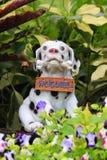 Accueil de statue de chien Photo libre de droits