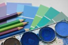 Accumulazione dei colori e delle matite di acqua Fotografia Stock