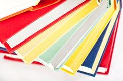 Accumulazione dei libri multicolori Fotografie Stock
