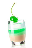 Accumulazione del cocktail: Colpo stratificato tre con verde Immagine Stock