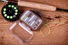 Accumulazione del equiptment di pesca di mosca Fotografia Stock