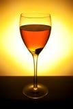 Accumulazione del vino - vino rosso in vetro Fotografia Stock