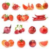 Accumulazione dell'alimento. Interamente colore rosso. Fotografia Stock