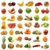 Accumulazione della frutta fresca e variopinta e delle noci Fotografia Stock