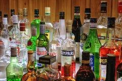 Accumulazione delle bevande alcoliche Immagini Stock Libere da Diritti