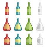 Accumulazione delle bottiglie dell'alcool con i lables del modello Immagini Stock